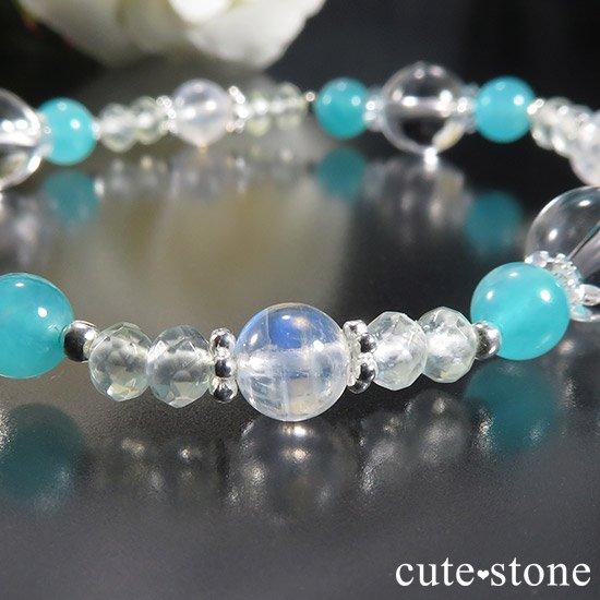 【碧の雫】 翡翠 アイスアマゾナイト レインボームーンストーン プレナイトのブレスレットの写真1 cute stone