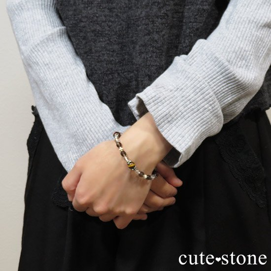 【猛虎の活劇】 タイガーアイ レッドタイガーアイ スモーキークォーツ リバーストーン 水晶のブレスレットの写真7 cute stone