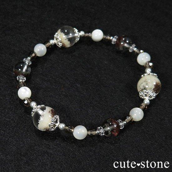 【Snow globe】 ホワイトガーデンクォーツ ガーデンクォーツ スモーキークォーツ マザーオブパール 水晶のブレスレットの写真5 cute stone