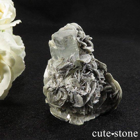 パキスタン産アクアマリンの母岩付き原石 50gの写真0 cute stone