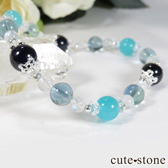 【流氷浪漫】 ブルーサファイア アイスアマゾナイト ブルーフローライト レインボームーンストーンのブレスレットの写真3 cute stone