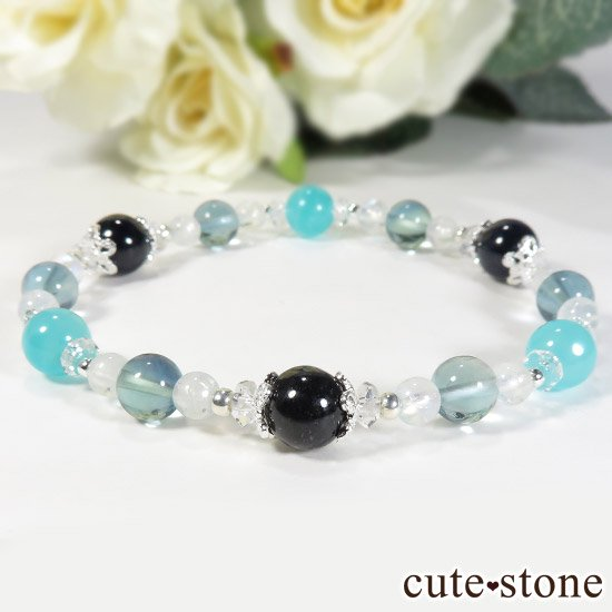 【流氷浪漫】 ブルーサファイア アイスアマゾナイト ブルーフローライト レインボームーンストーンのブレスレットの写真4 cute stone