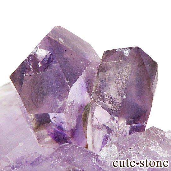 ナミビア ブランドバーグ産 アメジストの原石の写真3 cute stone