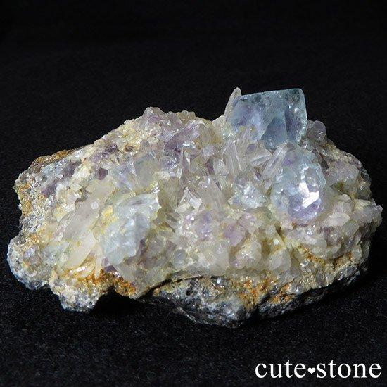 内モンゴル産 フローライトと水晶の共生標本(原石)