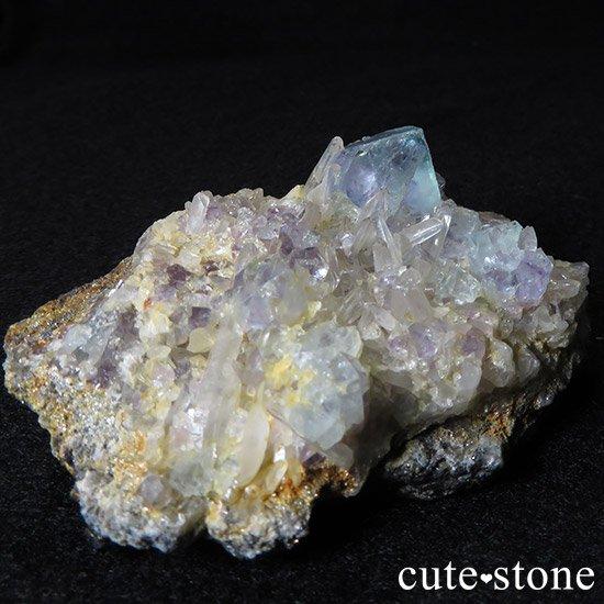内モンゴル産 フローライトと水晶の共生標本(原石)の写真0 cute stone