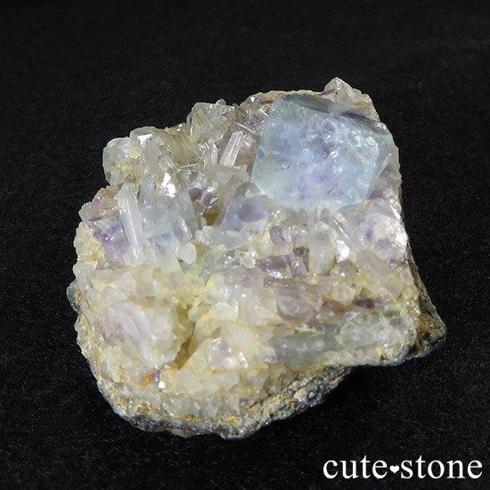 内モンゴル産 フローライトと水晶の共生標本(原石)の写真2 cute stone