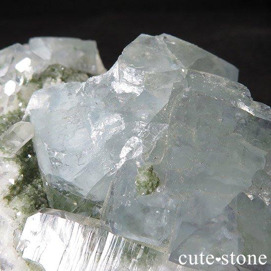 湖南省産 フローライトと水晶の共生標本(原石)の写真4 cute stone