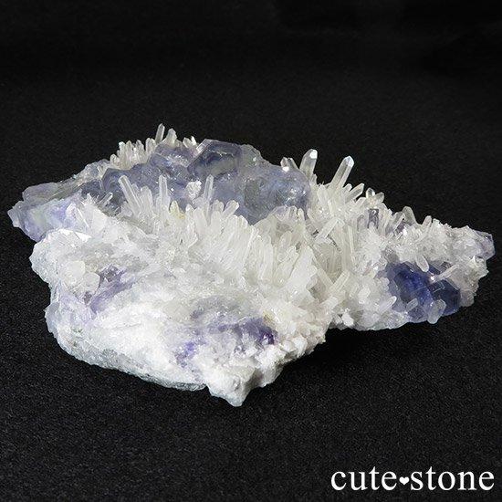 福建省産 フローライトと水晶の共生標本(原石)の写真3 cute stone