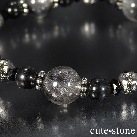 【Cosmo bracelet】プラチナクォーツ ムオニナルスタ ブラックスキャポライト ブラックスピネルのブレスレットの写真6 cute stone