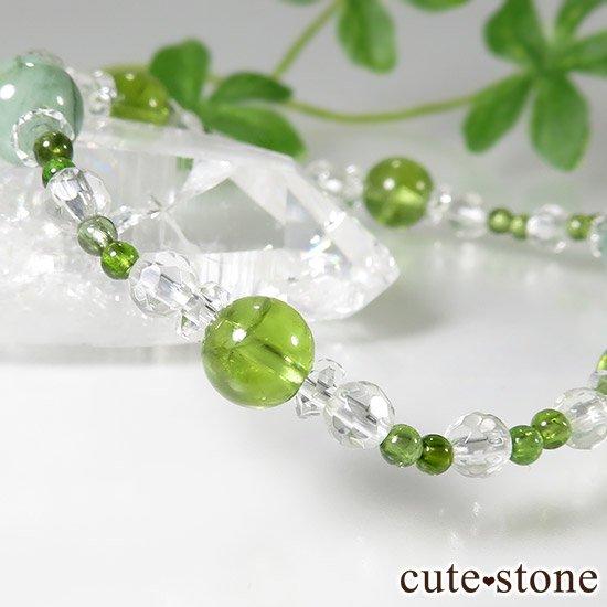 【新芽の季節】 エメラルド ペリドット グリーントルマリンのブレスレットの写真3 cute stone