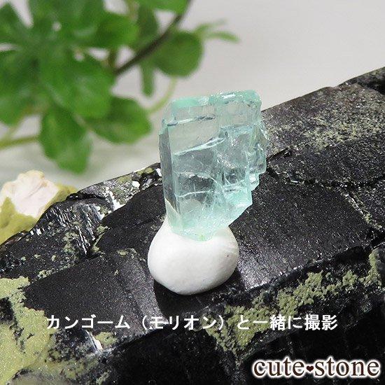 フォスフォフィライトの結晶 Bの写真8 cute stone