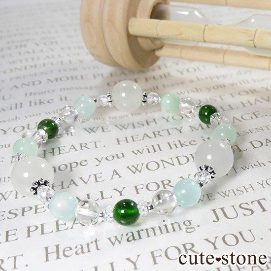 【新芽の季節】 翡翠 クロムダイオプサイト グリーンカルサイト 水晶のブレスレットの写真7 cute stone