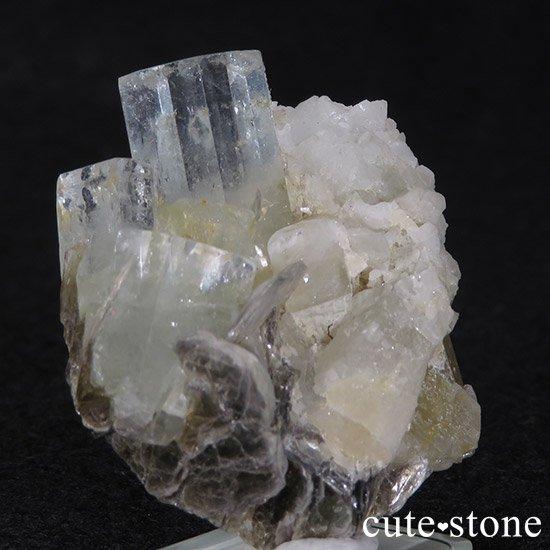 パキスタン産アクアマリン 母岩付き結晶(原石)35gの写真1 cute stone