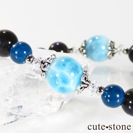 【静かな夜の海】 ラリマー カイヤナイト ブラックラブラドライト ブルーアパタイトのブレスレットの写真1 cute stone