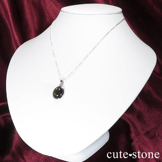 ブラックスターサファイアのペンダントトップの写真3 cute stone