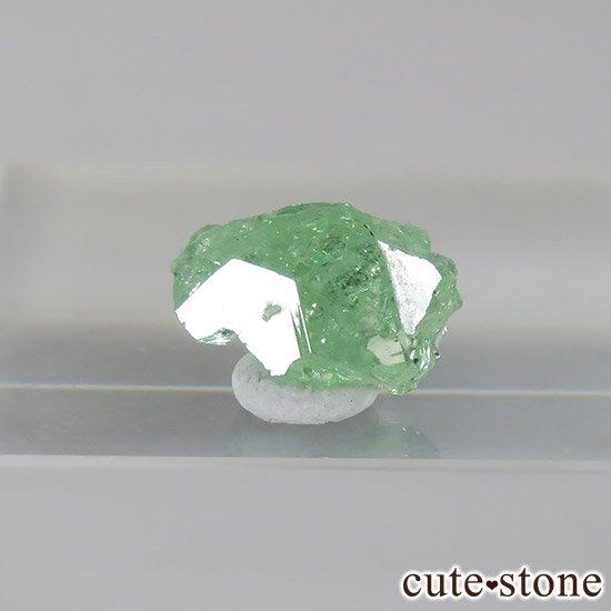 タンザニア産 ツァボライトの結晶(原石) 2ct
