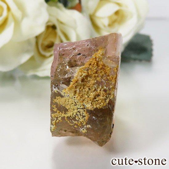 ピンクフローライト(内モンゴル産)の原石 35gの写真2 cute stone