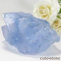 中国 福建省産ブルーフローライトの八面体結晶の画像