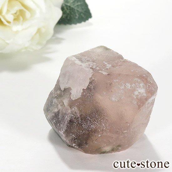 ピンクフローライト(内モンゴル産)の八面体結晶(原石) 70gの写真3 cute stone