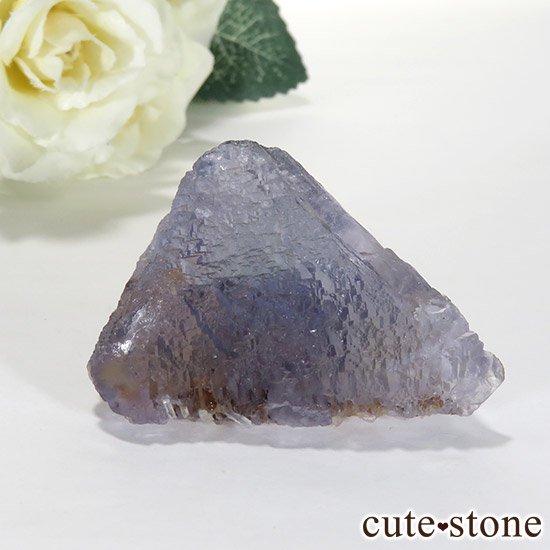 マルチカラーフローライト (内モンゴル産)の八面体結晶(原石)60.8gの写真0 cute stone