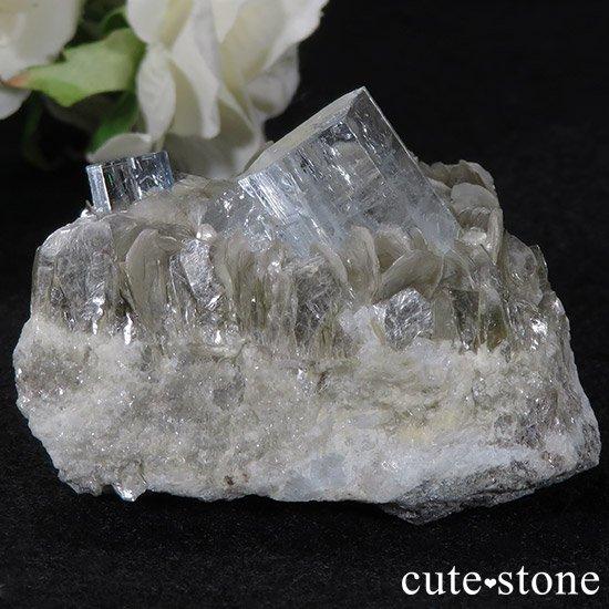 パキスタン産アクアマリン 母岩付き結晶(原石)78gの写真1 cute stone