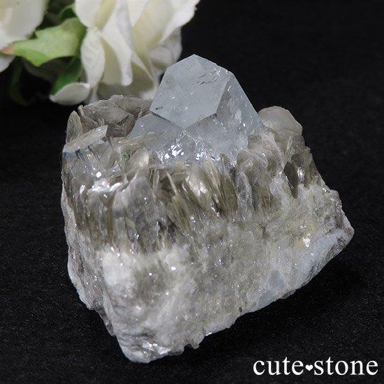 パキスタン産アクアマリン 母岩付き結晶(原石)78gの写真2 cute stone