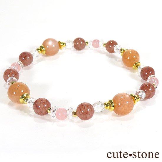 【Total Lunar Eclipse】 オレンジムーンストーン モスコバイト グァバクォーツのブレスレットの写真0 cute stone