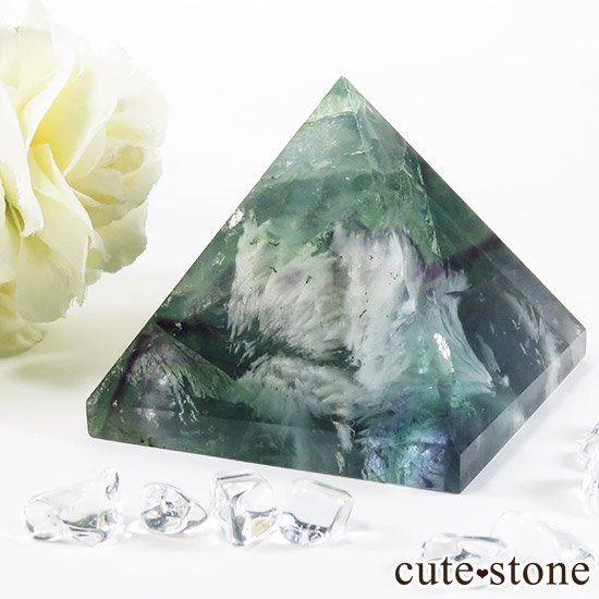 フェザーインフローライト(エンジェルフェザー)のピラミッド(金字塔)163gの写真0 cute stone