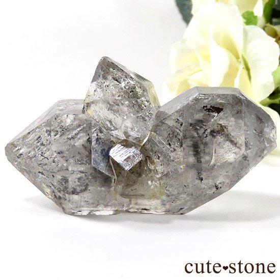 グラファイトインクォーツ(チベタンクォーツ)の原石