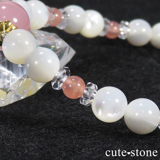 【cute princess】 グァバクォーツ インカローズ マザーオブパールのブレスレットの写真3 cute stone
