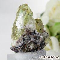 メキシコ産 フルオロアパタイトの母岩付き結晶(原石)10gの画像