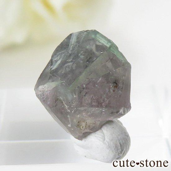イングランド ロジャリー鉱山産 バイカラーフローライトの結晶(原石)2.4gの写真1 cute stone