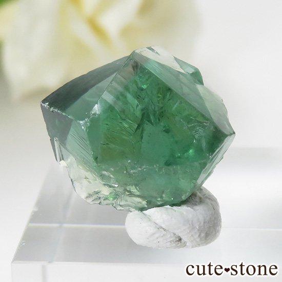 イングランド ロジャリー鉱山産 蛍光フローライトの結晶(原石)4.2g