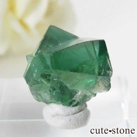 イングランド ロジャリー鉱山産 蛍光フローライトの結晶(原石)4.2gの写真1 cute stone