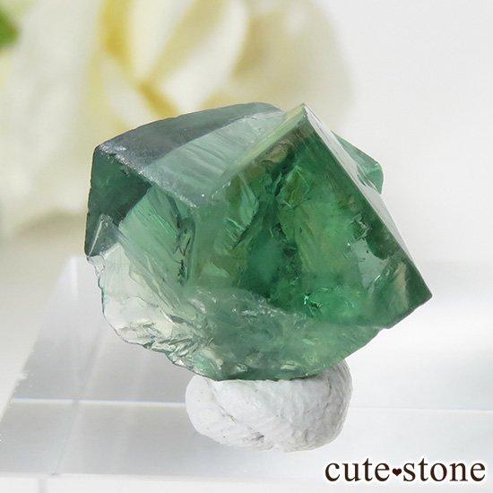 イングランド ロジャリー鉱山産 蛍光フローライトの結晶(原石)4.2gの写真2 cute stone