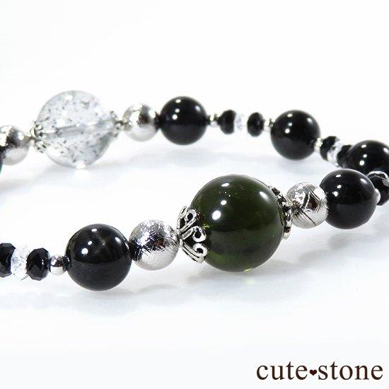 【Cosmo bracelet】 モルダバイト ヘマタイトインクォーツ ブラックスターダイオプサイト ムオニナルスタのブレスレットの写真1 cute stone
