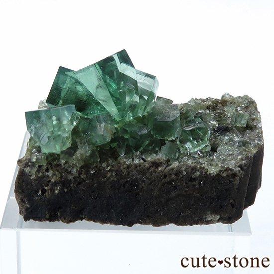 イングランド ロジャリー鉱山産 蛍光フローライトの母岩付き結晶(原石)10.7g