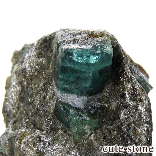 アフガニスタン産 母岩付きエメラルドの原石(標本)9.8gの写真2 cute stone
