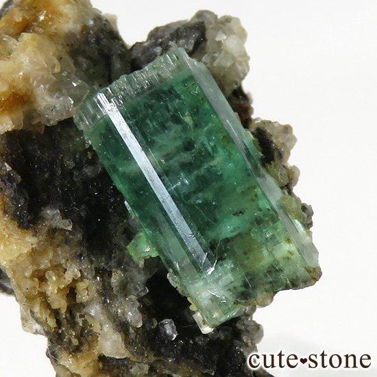 アフガニスタン産 エメラルドの母岩付き原石(標本)3.3gの写真3 cute stone