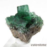 イングランド ロジャリー鉱山産 蛍光フローライトの母岩付き結晶(原石)22gの画像