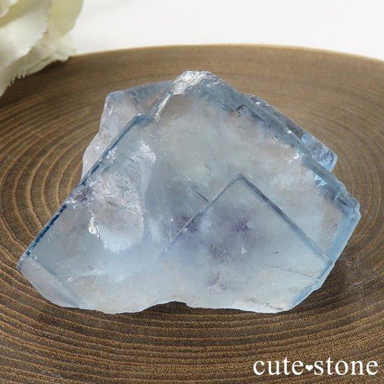 ヤオガンシャン産 ブルーフローライトの母岩付き結晶(原石)40gの写真3 cute stone