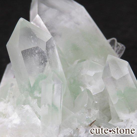 グリーンファントムクォーツ(ゴーストクォーツ)の原石 49gの写真1 cute stone