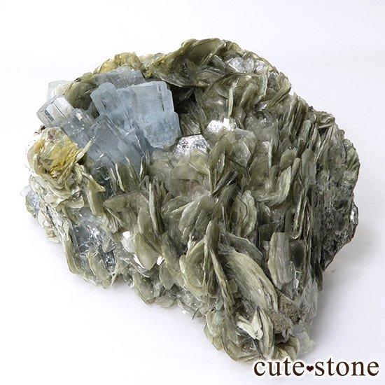 パキスタン産 大きなアクアマリンの母岩付き結晶(原石)222g