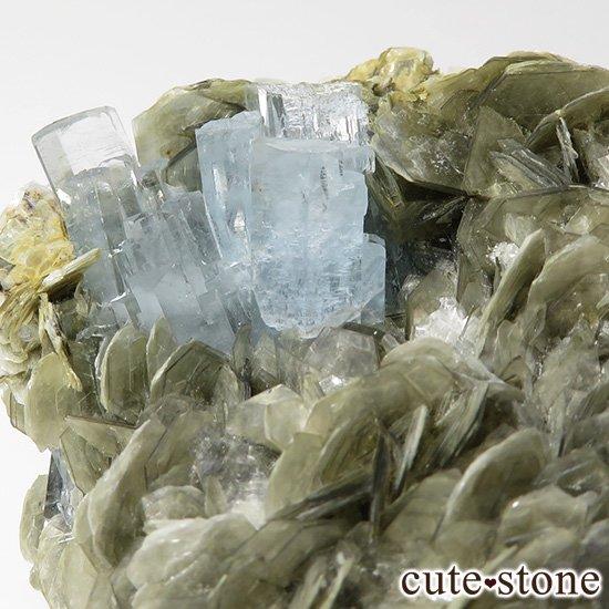 パキスタン産 大きなアクアマリンの母岩付き結晶(原石)222gの写真1 cute stone