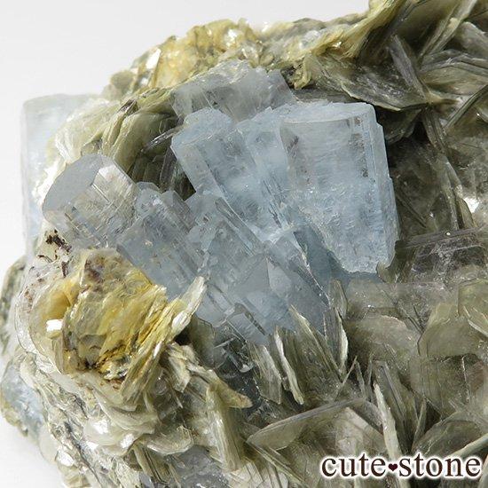 パキスタン産 大きなアクアマリンの母岩付き結晶(原石)222gの写真2 cute stone