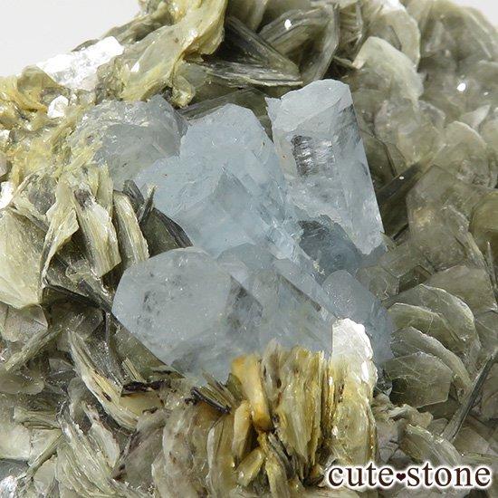 パキスタン産 大きなアクアマリンの母岩付き結晶(原石)222gの写真3 cute stone