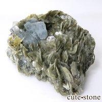 パキスタン産 大きなアクアマリンの母岩付き結晶(原石)222gの画像