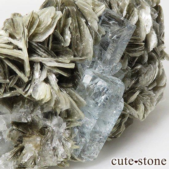 パキスタン産 アクアマリンの母岩付き結晶(原石)168gの写真3 cute stone