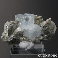 パキスタン産 アクアマリンの母岩付き結晶(原石)30.9gの画像