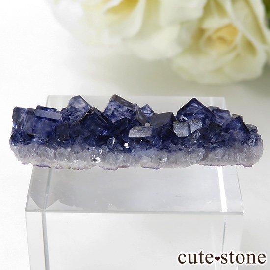 アイルランド Larkin's Quarry産 ブルーフローライトのクラスター(原石)4.7gの写真0 cute stone